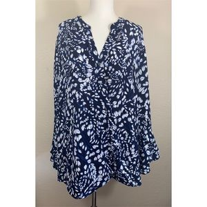Roz & Ali Blue Floral Blouse w Tiered Bell Sleeves